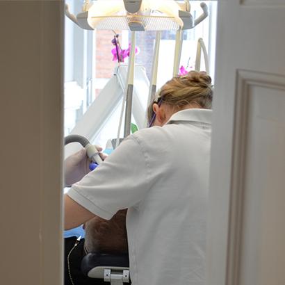 Tandlaege-behandling-Roskilde